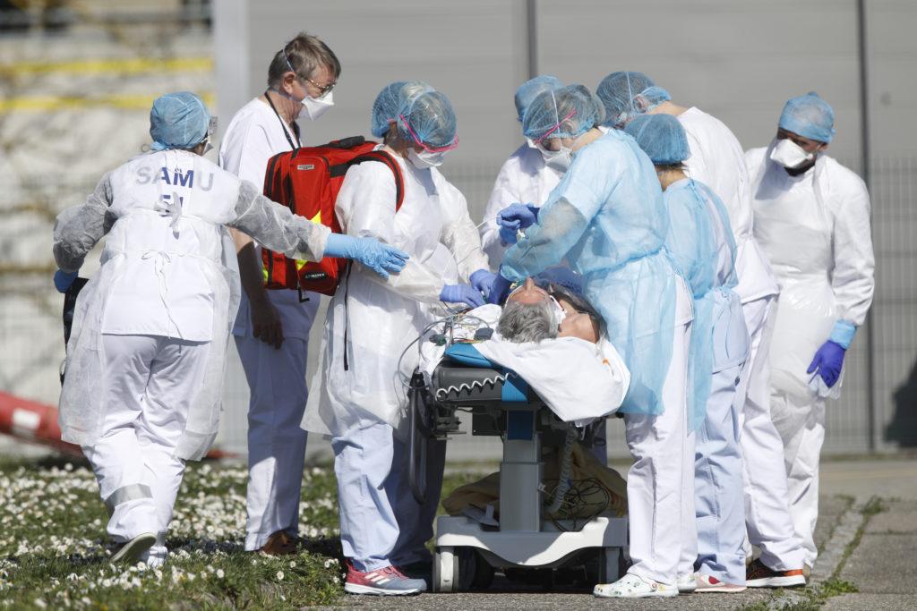 Κορονοϊός: Πάνω από το ένα τρίτο όσων νοσηλεύθηκαν παρουσίασε σοβαρά προβλήματα στα νεφρά