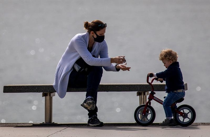 Ισπανία: Υποχρεωτική η χρήση μάσκας στους δημόσιους χώρους για όσους είναι άνω των 6 ετών