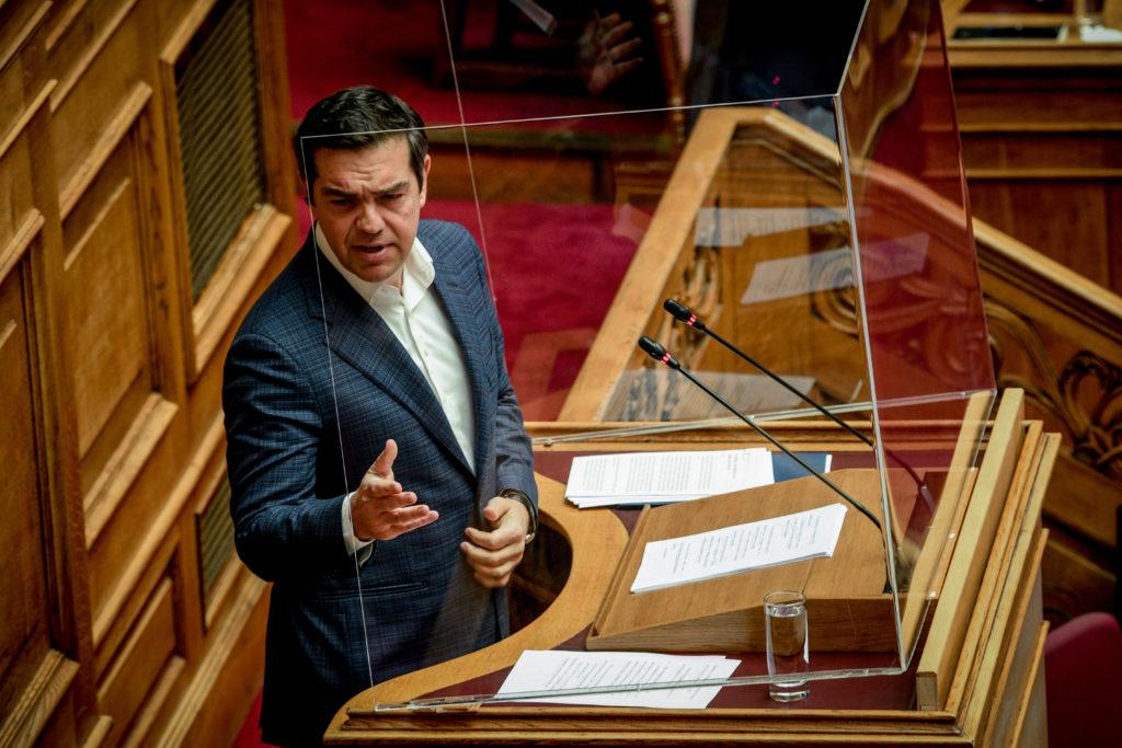 Απόσυρση του νομοσχεδίου για την Παιδεία ζήτησε ο Τσίπρας – «Μετατρέπει τις σχολικές αίθουσες σε σκηνικό ριάλιτι»
