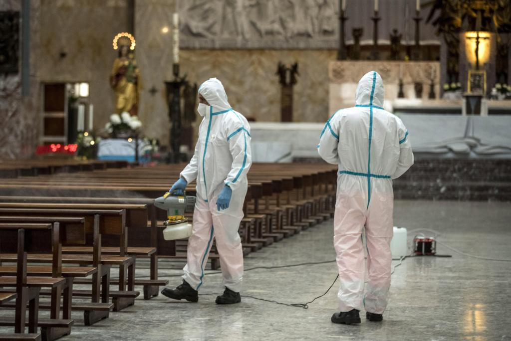 Ιταλία: Πάνω από 31.000 οι νεκροί – Μείωση των ασθενών σε ΜΕΘ και κατ' οίκον περιορισμό