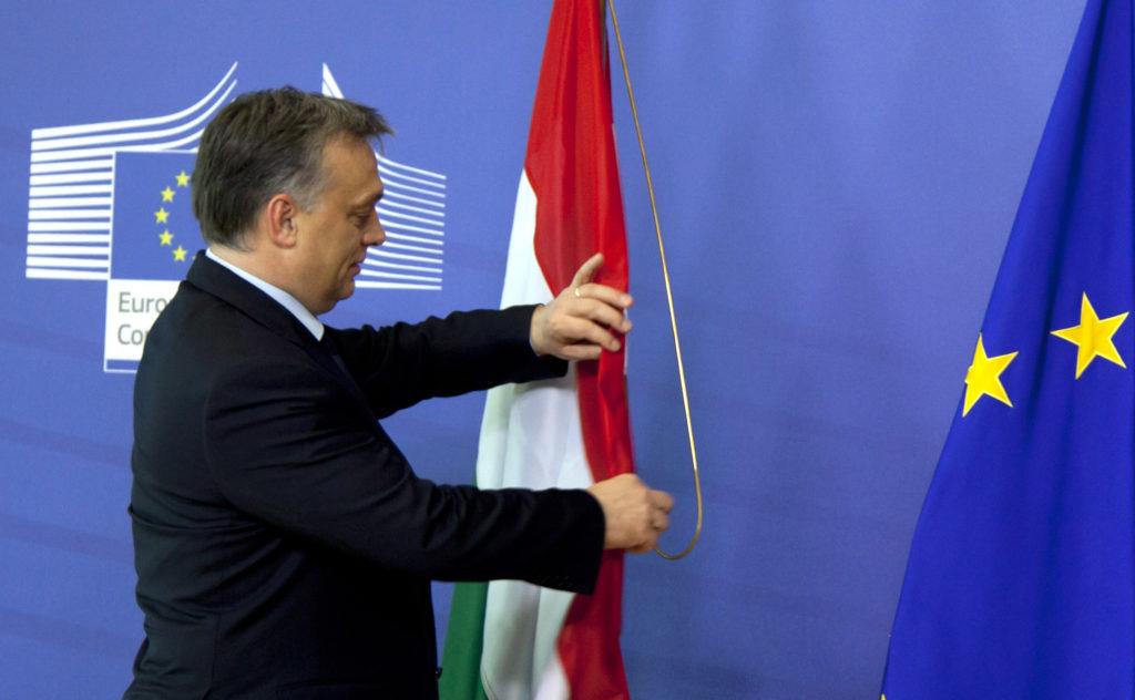 Ουγγαρία: Ο Ορμπάν δηλώνει «αδικημένος» – Δικαστήριο δικαιώνει μαθητές Ρομά απέναντι σε ρατσιστικό νόμο