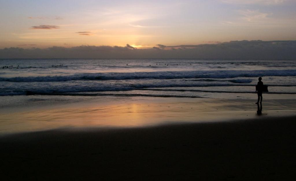 Επιστρέφουν στις παραλίες οι Πορτογάλοι