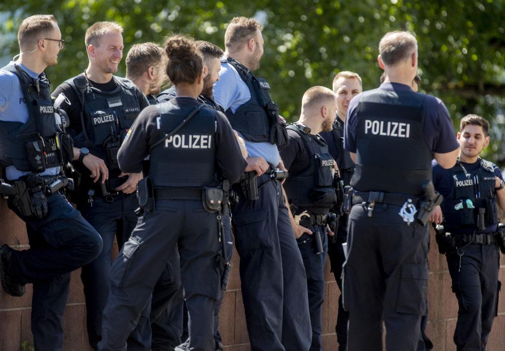 Κορονοϊός-Γερμανία: Νέες διαδηλώσεις κατά μέτρων από ακροδεξιούς και μέλη αντιεμβολιαστικού κινήματος