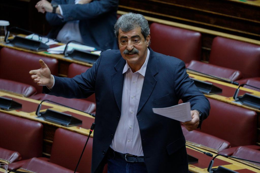 «Καταπέλτης» ο Πολάκης στη Βουλή: Έμμεση παραδοχή ευθυνών υπ. Υγείας για προμήθειες 6ης ΥΠΕ (Video)