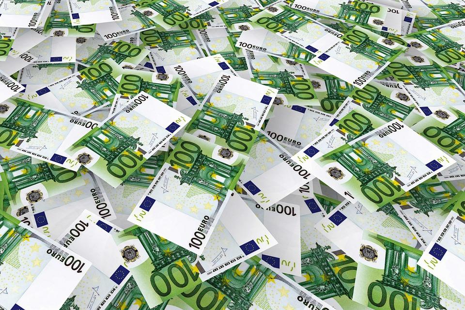 Αποδεσμεύονται περιουσιακά στοιχεία 1 δισ. ευρώ που έχουν δεσμευτεί ως εγκληματικά προϊόντα