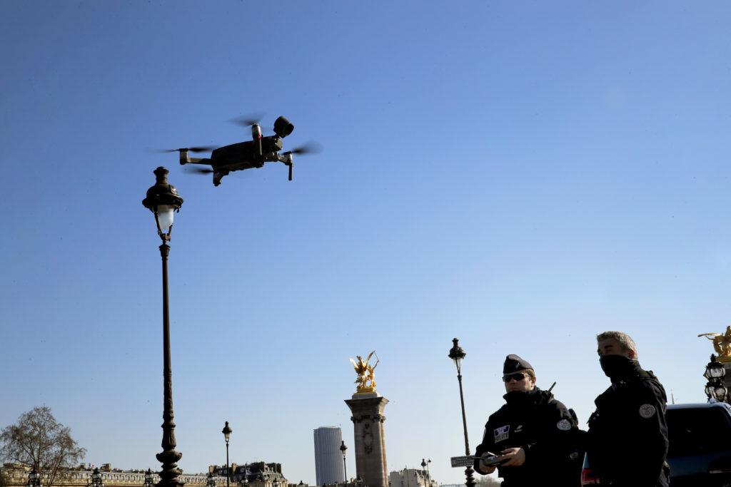 Γαλλία – Κορονοϊός: Το Συμβούλιο της Επικρατείας απαγόρευσε τη χρήση drones για την παρακολούθηση των πολιτών
