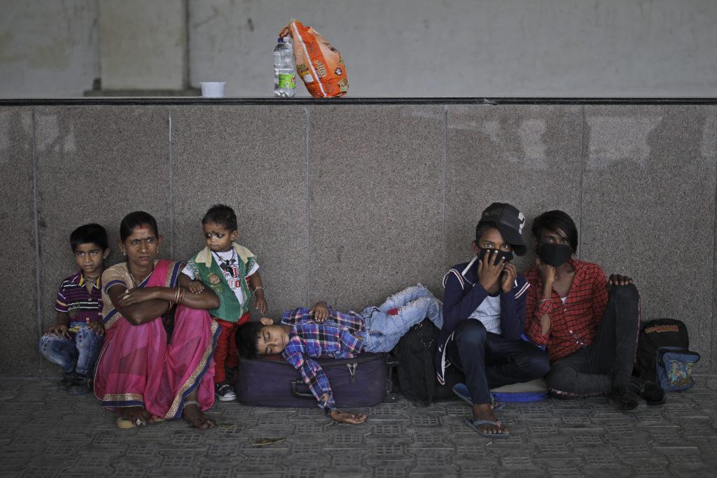 Ινδία: Περισσότερα από 100.000 κρούσματα κορονοϊού – Πάνω από 3.000 οι νεκροί