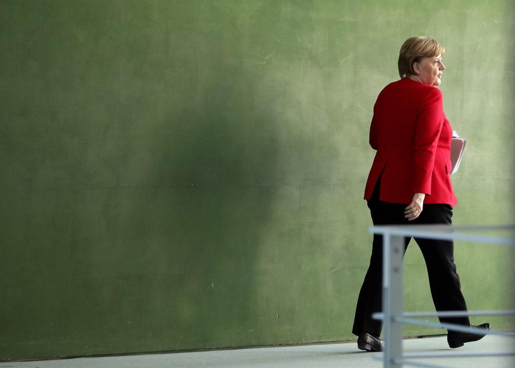 Σταδιακή άρση των συνοριακών περιορισμών συμφώνησε το Βερολίνο με τις χώρες του Βίσεγκραντ