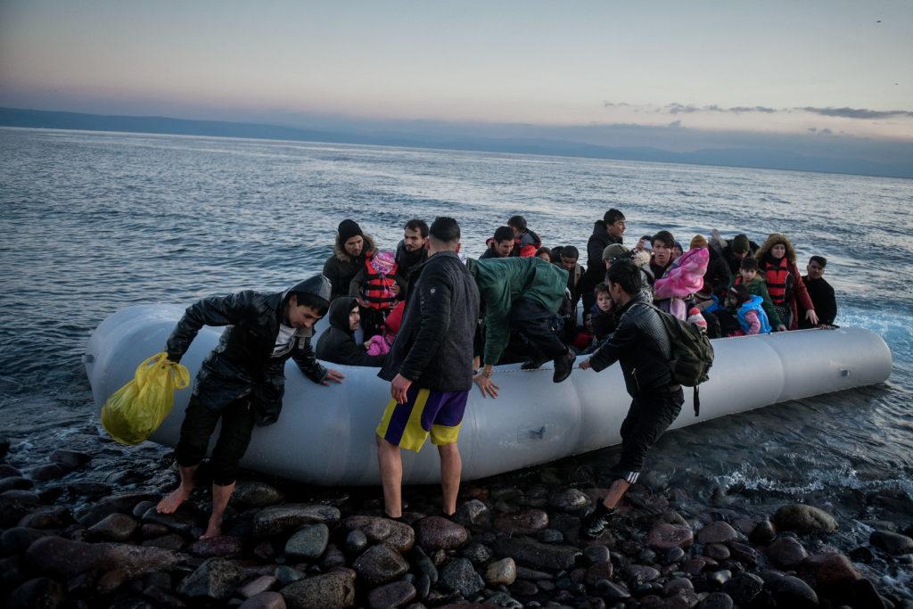 Στη γερμανική Taz η «εξαφάνιση» προσφύγων από τη Χίο