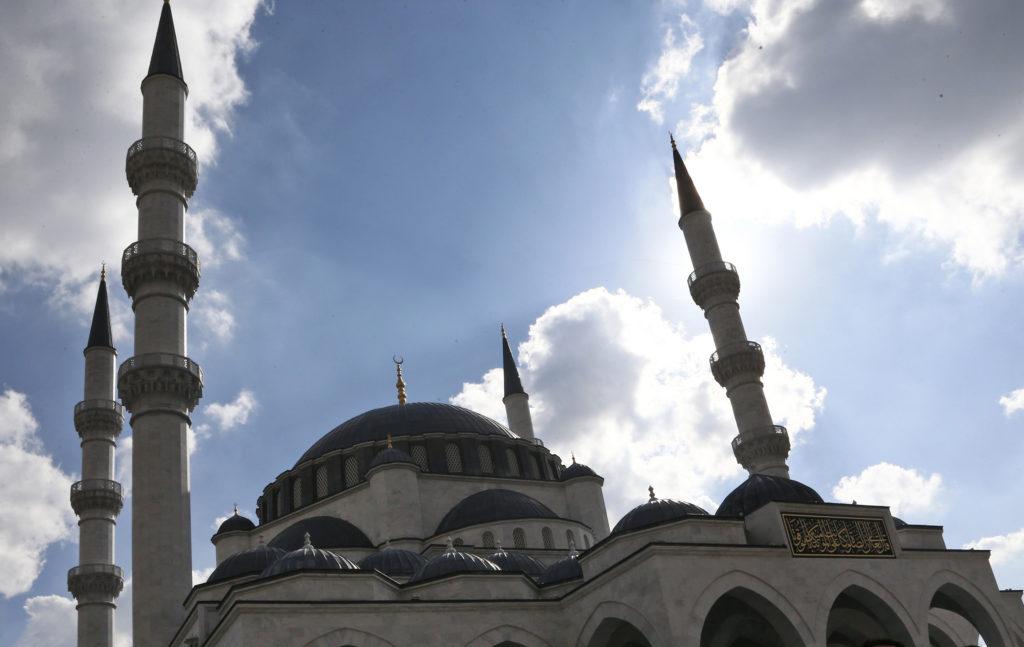 Τουρκία: Τζαμιά της Σμύρνης αντί για προσευχή… έπαιξαν το Bella Ciao (Video)