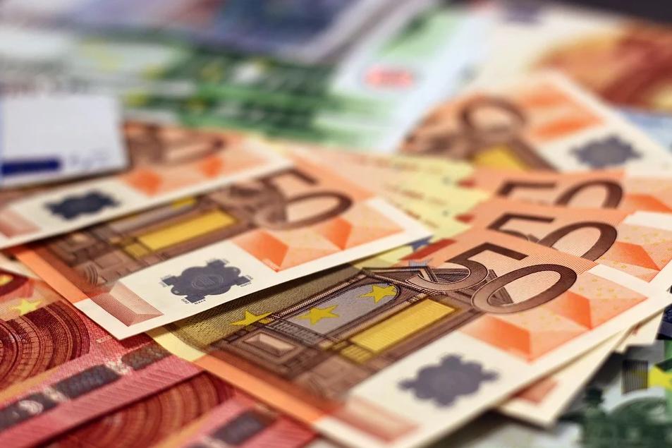 ΣΥΡΙΖΑ: Τα 24 δισ. ευρώ υπάρχουν μόνο στα όνειρα του κ. Μητσοτάκη