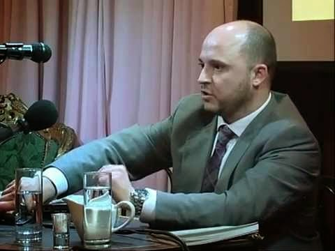 Ο Καμίνης καταγγέλλει: Συνεργάτης ναζιστικών εκδόσεων ο διοικητής της προσφυγικής δομής Πύργου