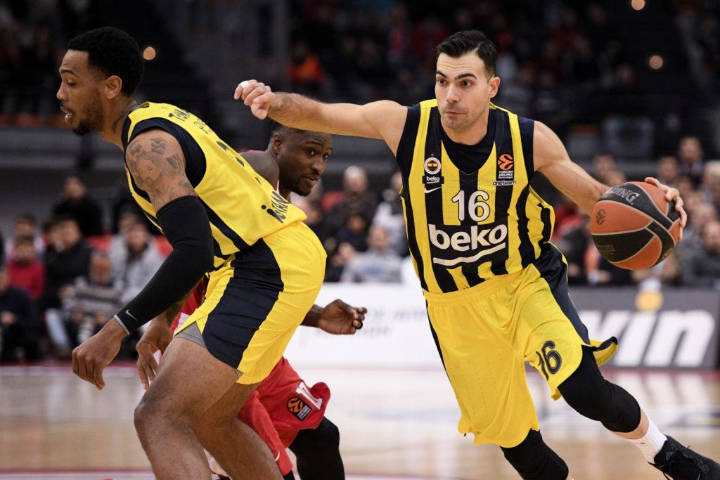 Μπάσκετ: Άκαρπη επαφή Ολυμπιακού με Σλούκα