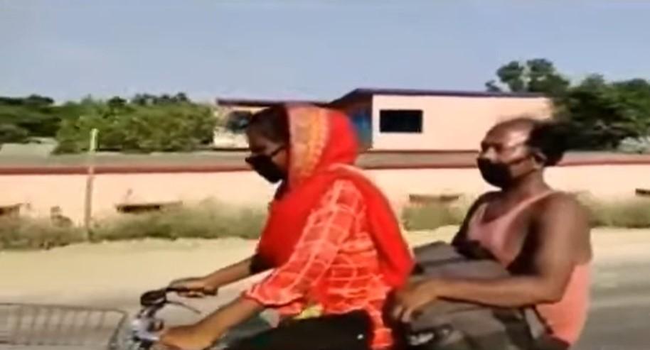 Ινδία – απόγνωση: 15χρονη μετέφερε τον άρρωστο πατέρα της με ποδήλατο για 1.200 χιλιόμετρα (video)