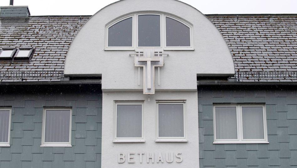 Γερμανία: Κι όμως, η Θεία Λειτουργία… μολύνει – 40 κρούσματα σε ναό της Φρανκφούρτης!