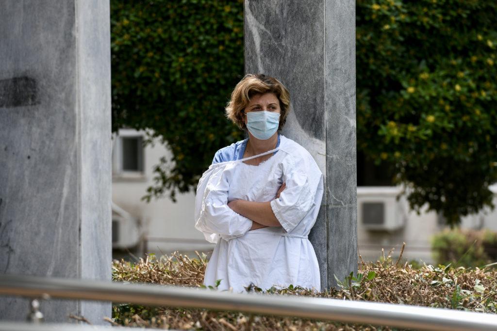 Κορονοϊός: Mόλις 3 νέα κρούσματα, στους 171 οι νεκροί