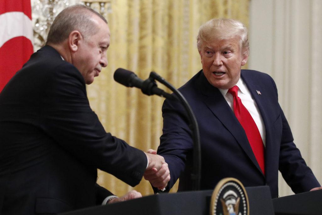 «Τα βρήκαν» Τραμπ και Ερντογάν με φόντο τις εξελίξεις σε Λιβύη-Συρία