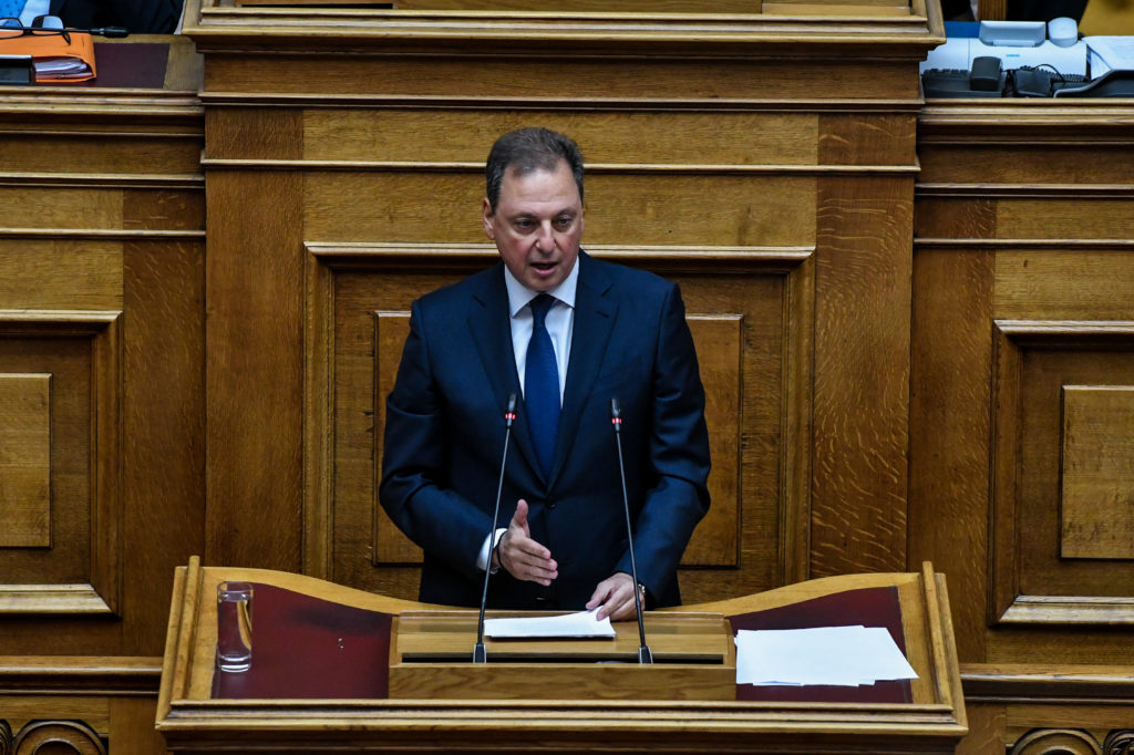 Βουλή: Σε άλλη «γραμμή» ο κοινοβουλευτικός εκπρόσωπος της ΝΔ για τη Συμφωνία των Πρεσπών