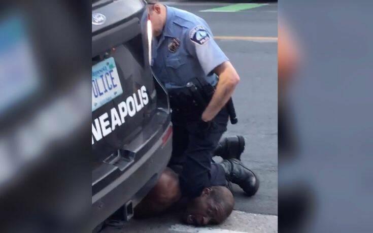 ΗΠΑ: Νέα αποκαλυπτικά βίντεο από τη σύλληψη του Τζορτζ Φλόιντ – Συνεχίζονται οι ταραχές στη Μινεάπολις
