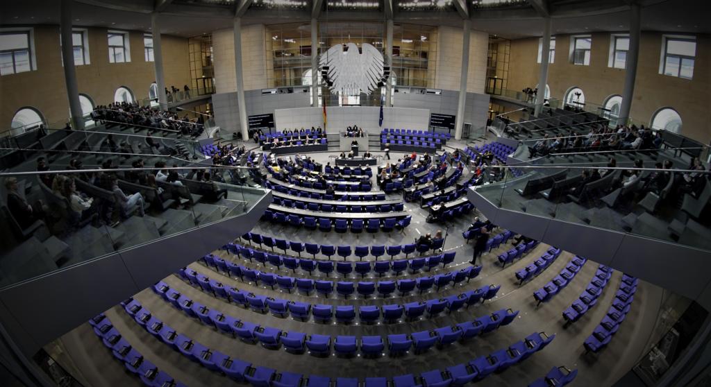 Πέρασε από το γερμανικό κοινοβούλιο το σχέδιο για το Ταμείο Ανάκαμψης