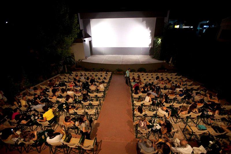 Τα θερινά σινεμά ανοίγουν τη Δευτέρα με 70% επιθυμητή πληρότητα