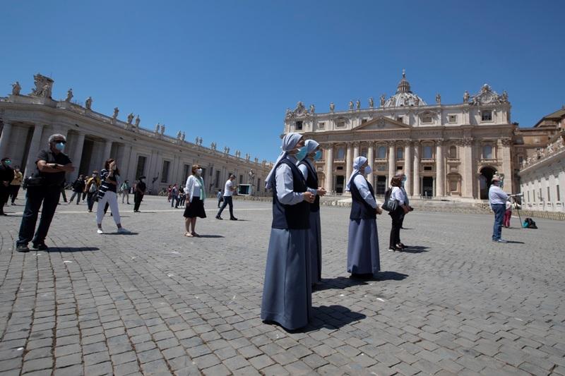Κορονοϊός: Καθοδική πορεία σε Ιταλία, Γαλλία, Ισπανία