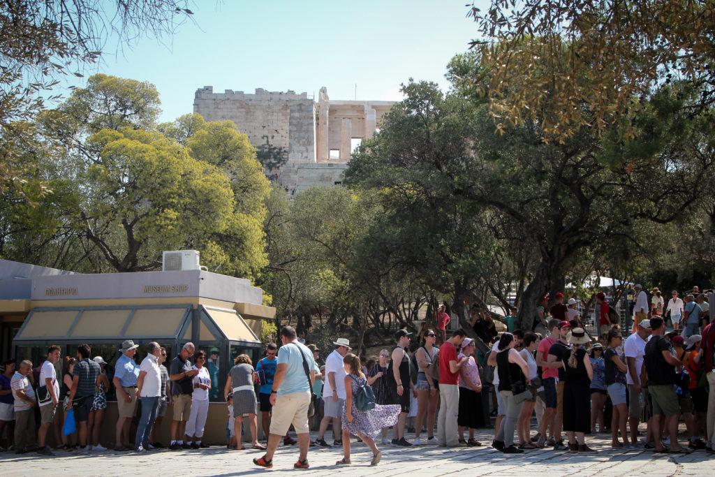 Πέτσας: Από τις 15 Ιουνίου ανοίγει ο τουρισμός