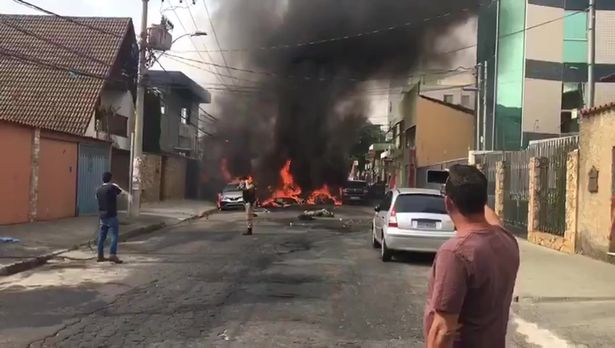 Αναβρασμός στη Βραζιλία: Συγκρούσεις στο Σαν Πάουλο μεταξύ υποστηρικτών και πολέμιων του Μπολσονάρου