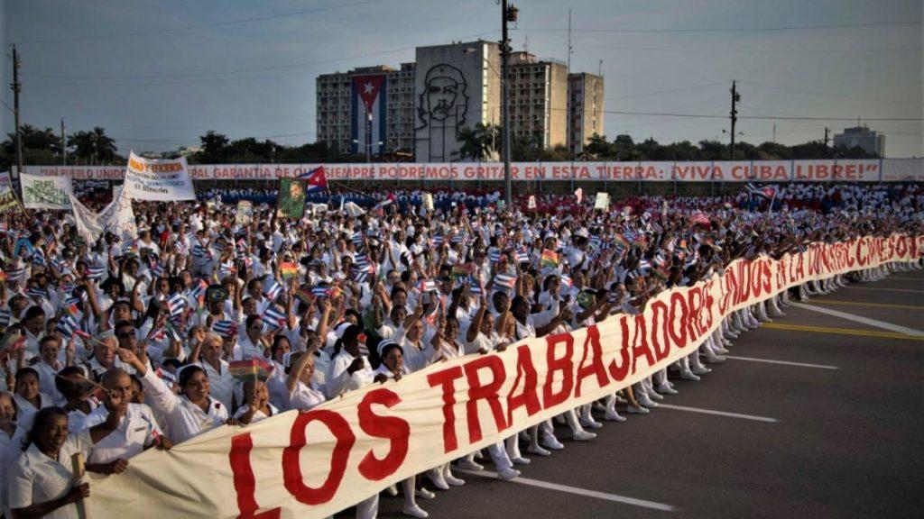 Λευκές ταξιαρχίες: To ελληνικό αίτημα για Νόμπελ Ειρήνης στους Κουβανούς γιατρούς