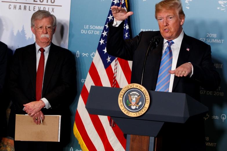 Τραμπ: Ο Τζον Μπόλτον θα πληρώσει βαρύ τίμημα για το βιβλίο του