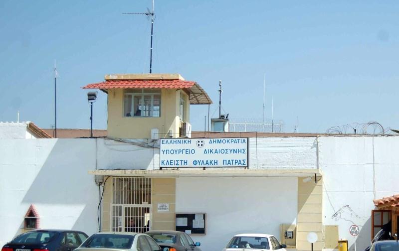 Στο νοσοκομείο ο απεργός πείνας και δίψας Αθ. Κυριαζής – Ραγδαία η επιδείνωση της υγείας του