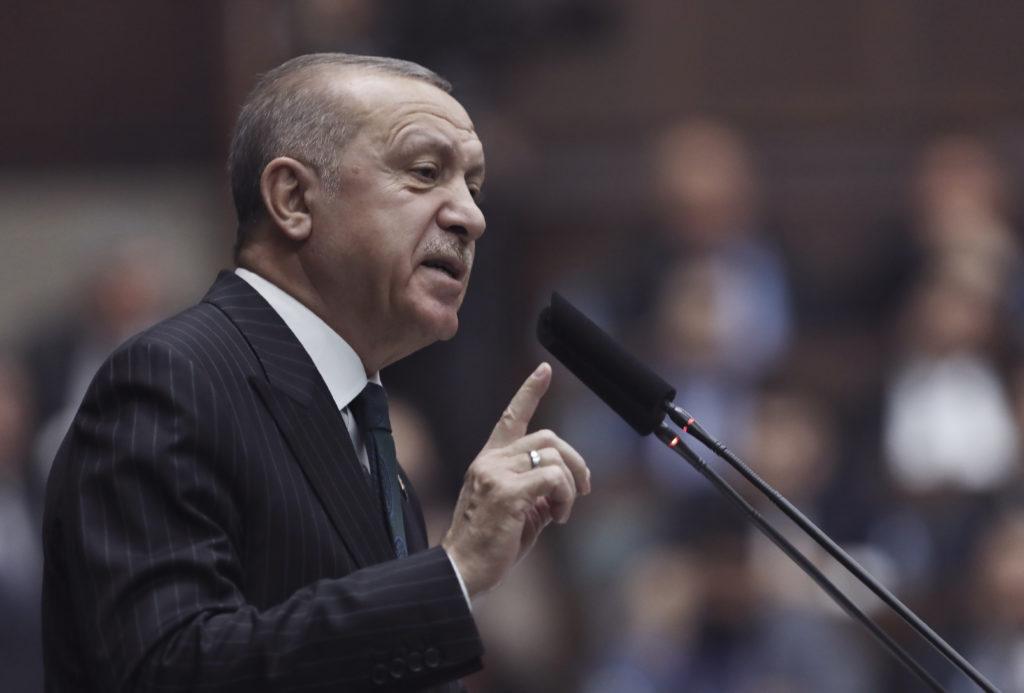 Τουρκία: Ο Ερντογάν ελέγχει τα social media πλέον και με νόμο