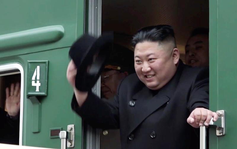 Το πυρηνικό οπλοστάσιο της Βόρειας Κορέας εγγυάται την ασφάλειά της, λέει ο Κιμ Γιονγκ Ουν