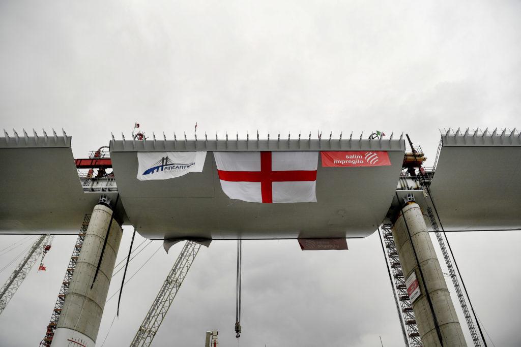 Ιταλία-Γένοβα: Εγκαινιάζεται η νέα γέφυρα – Αντικαθιστά εκείνη που κατέρρευσε σκοτώνοντας 43 ανθρώπους