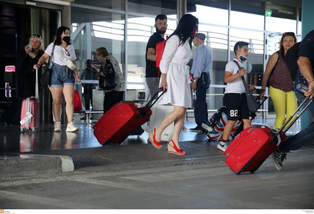 Νέες αεροπορικές οδηγίες – Τι θα ισχύει μέχρι τις 31 Αυγούστου