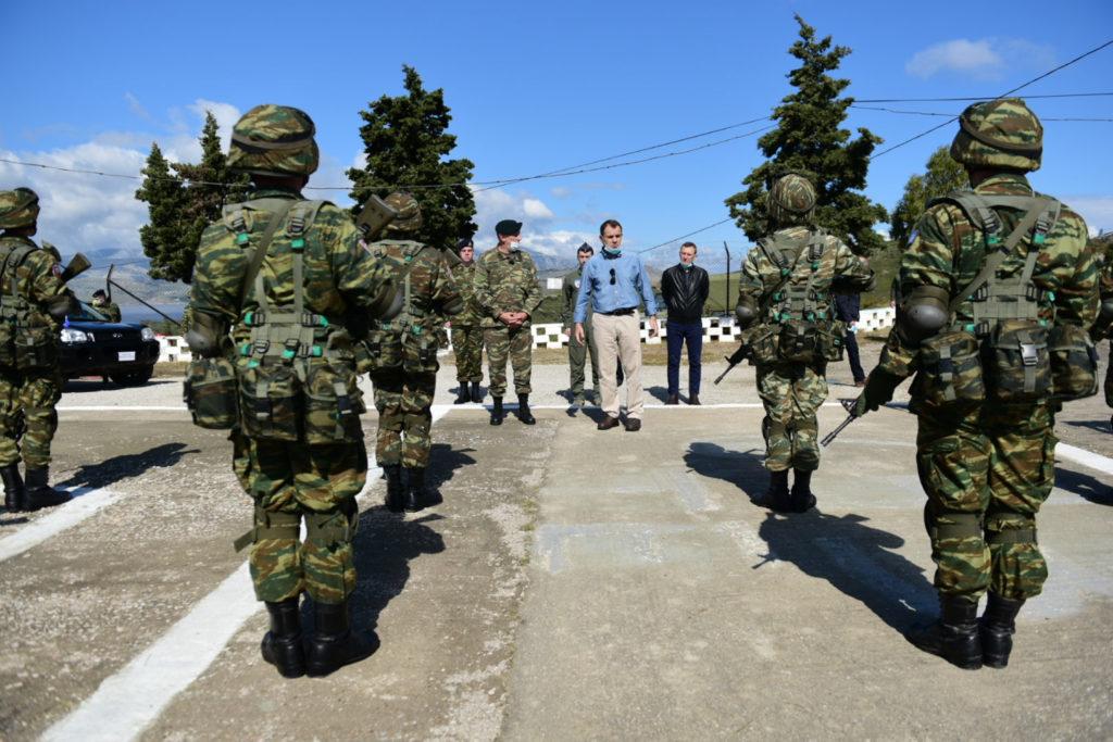 Επιστολές «βόμβα» στρατιωτικών: Διέκοψαν ξαφνικά τη σίτιση τους εν μέσω επιφυλακής