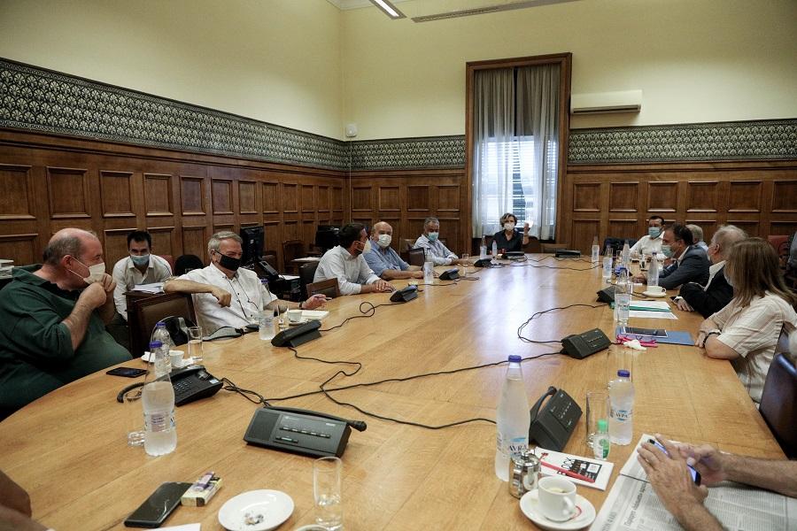 Μήνυμα Τσίπρα στα στελέχη του ΣΥΡΙΖΑ: Δεν είναι καλή η συζήτηση που γίνεται στα social media