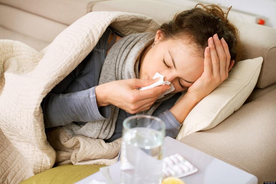 Η περίπλοκη συνύπαρξη κορονοϊού και γρίπης
