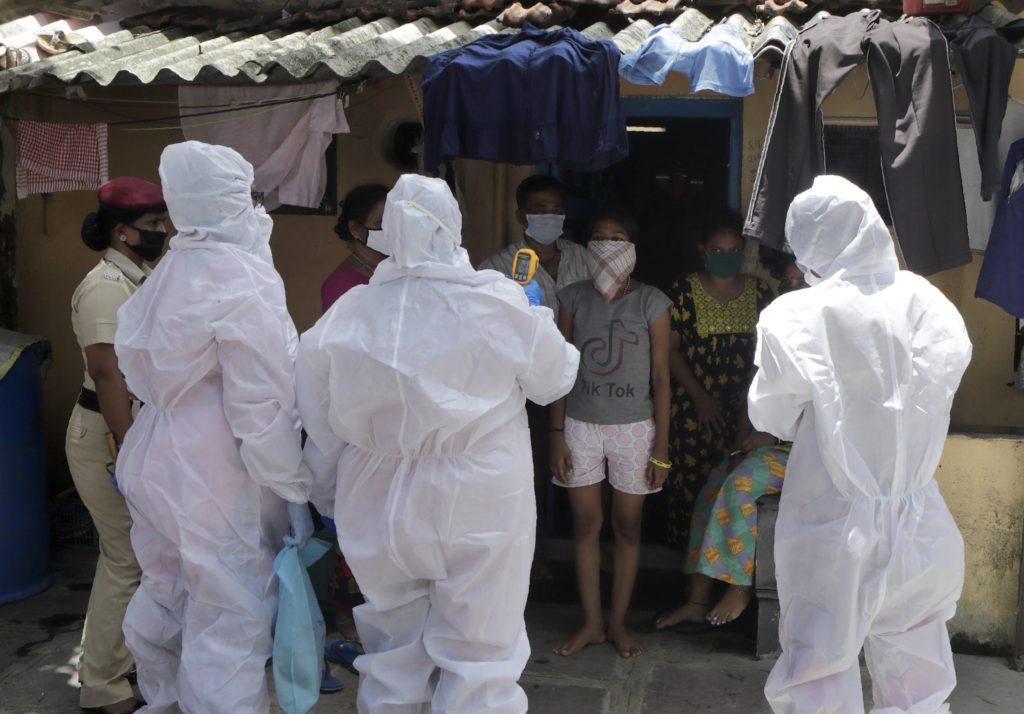 Ινδία: Οι ειδικοί προειδοποιούν «Η χώρα πρέπει να προετοιμαστεί για ένα τρίτο κύμα μέχρι τον Οκτώβριο»