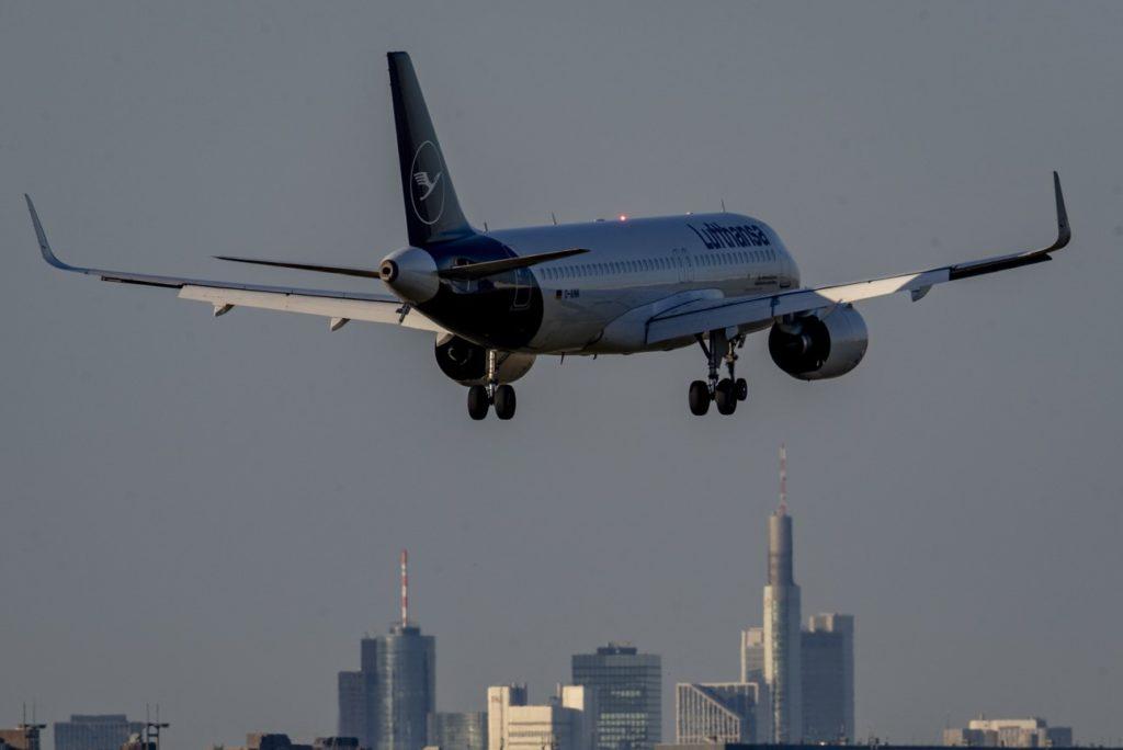 Η Lufthansa κλείνει τη σχολή πιλότων γιατί… δεν υπάρχει πλέον ανάγκη