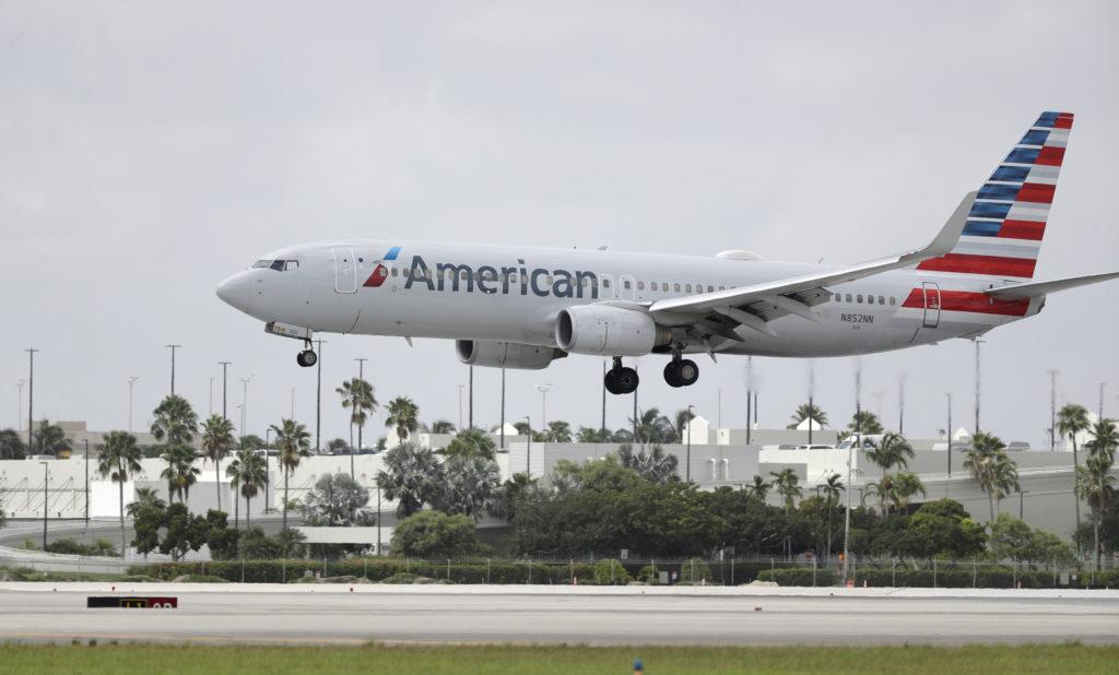 «Βροχή» απολύσεων στις αμερικανικές αεροπορικές εταιρείες – Κινδυνεύουν να μείνουν στο δρόμο 32.000 εργαζόμενοι