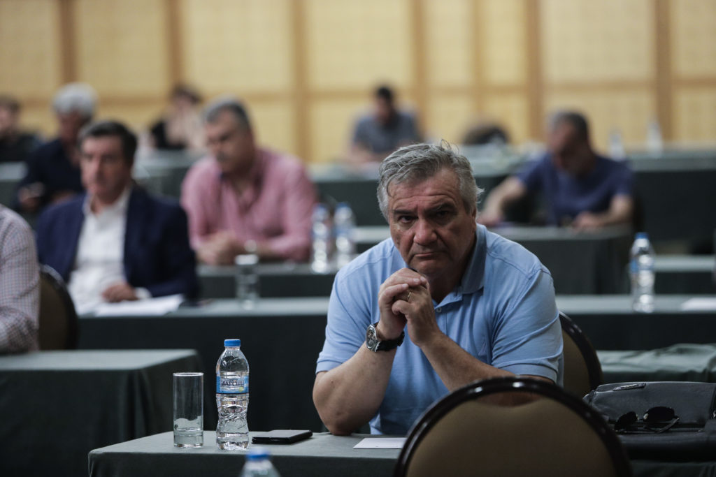 Ο Καστανίδης επιστρέφει το μπαλάκι στη ΝΔ για τα πολιτικά δικαίωματα των χρυσαυγιτών