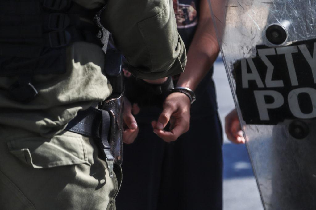 Μαθητές – διαδηλωτές κρατήθηκαν στη ΓΑΔΑ τέσσερις ημέρες – Κινητοποίηση έξω από τα δικαστήρια