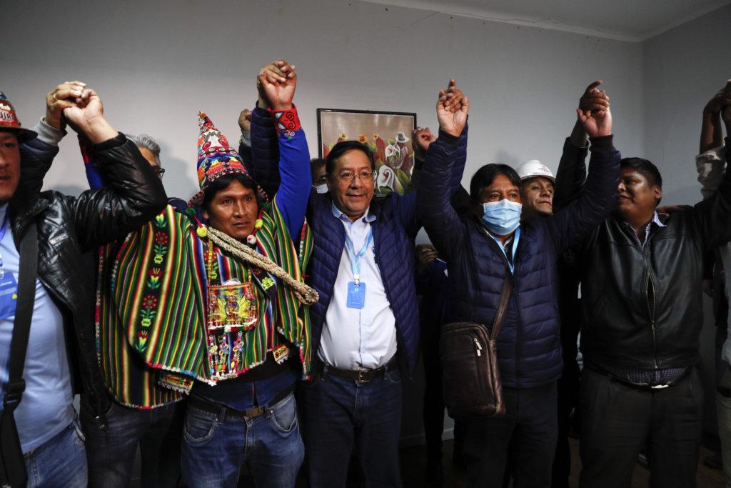 Βολιβία: Διεθνής αναγνώριση της νίκης Άρθε και επιστροφή του Μοράλες αργά ή γρήγορα