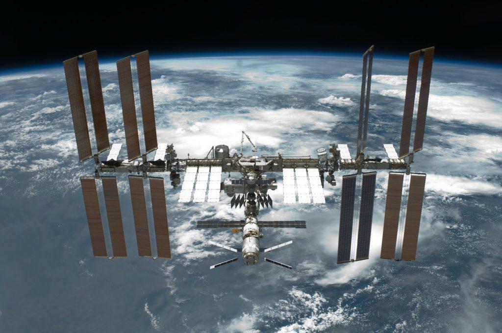 Ρωσία: Ασφαλές το πλήρωμα του Διεθνούς Διαστημικού Σταθμού – Επισκευάστηκε η τουαλέτα και το σύστημα παροχής οξυγόνου