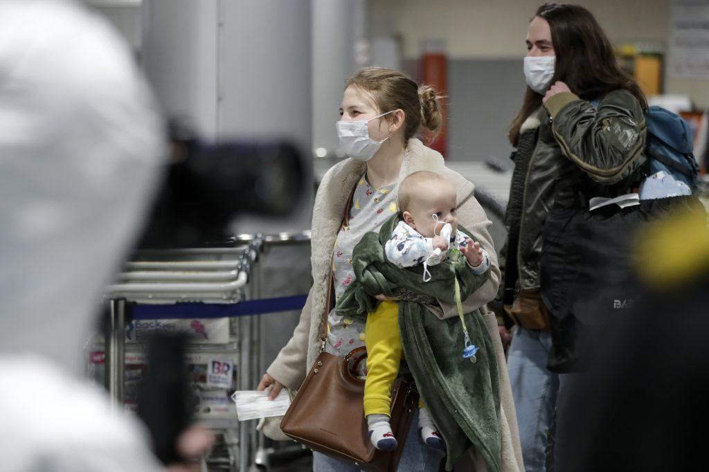 Ρωσία: Γεννήθηκε βρέφος μολυσμένο από κορονοϊό