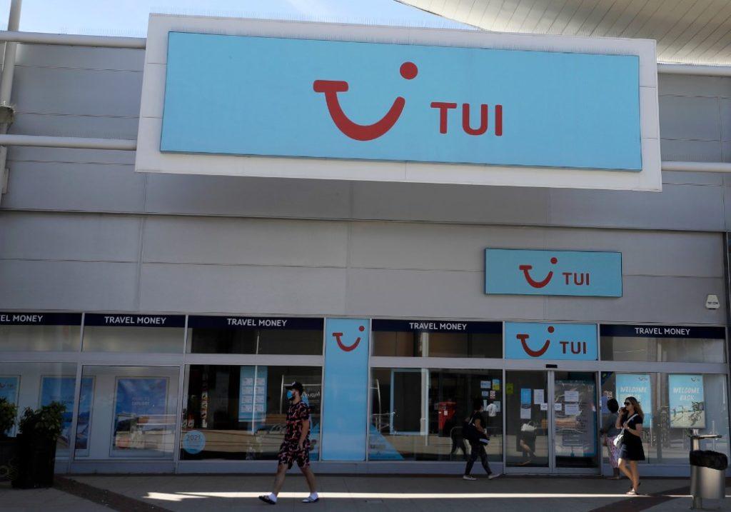 Η TUI… φεσώνει τους έλληνες ξενοδόχους