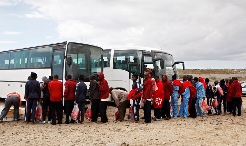 Ποιο lockdown; Πάνω από 1600 Αφρικανoί μετανάστες έφτασαν το Σαββατοκύριακο  στα ισπανικά Κανάρια Νησιά
