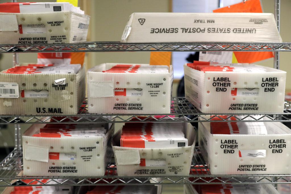 ΗΠΑ: Ταχυδρομικός ανακάλεσε τον ισχυρισμό περί παρατυπιών με επιστολικές ψήφους