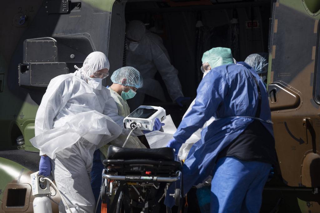 Ελβετία-Kορονοϊός: 4.560 νέα κρούσματα και 142 θάνατοι